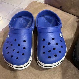 Crocs men's size 6 blue